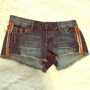 SUPER CUTE jean shorts, NWOT size 5